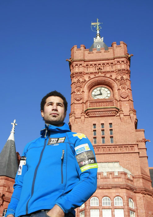 Richard-Parks-at-Pierhead-Cardiff-Bay.jpg